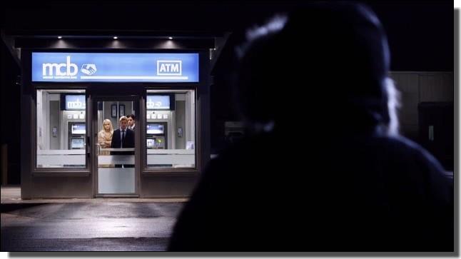 ATMと強盗