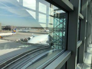 エアバスA380搭乗口