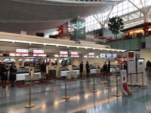 国際線は何時間前に空港に到着?成田空港や羽田空港チェックインの締め切り時間の目安