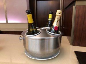 無料のシャンパン
