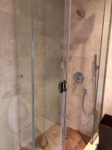 シャワー室3