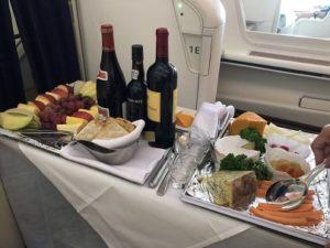 ファーストクラスの機内食